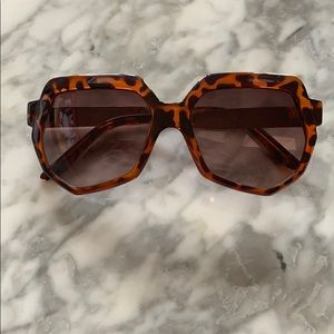 Accessories - Octagon Wide Framed Shades